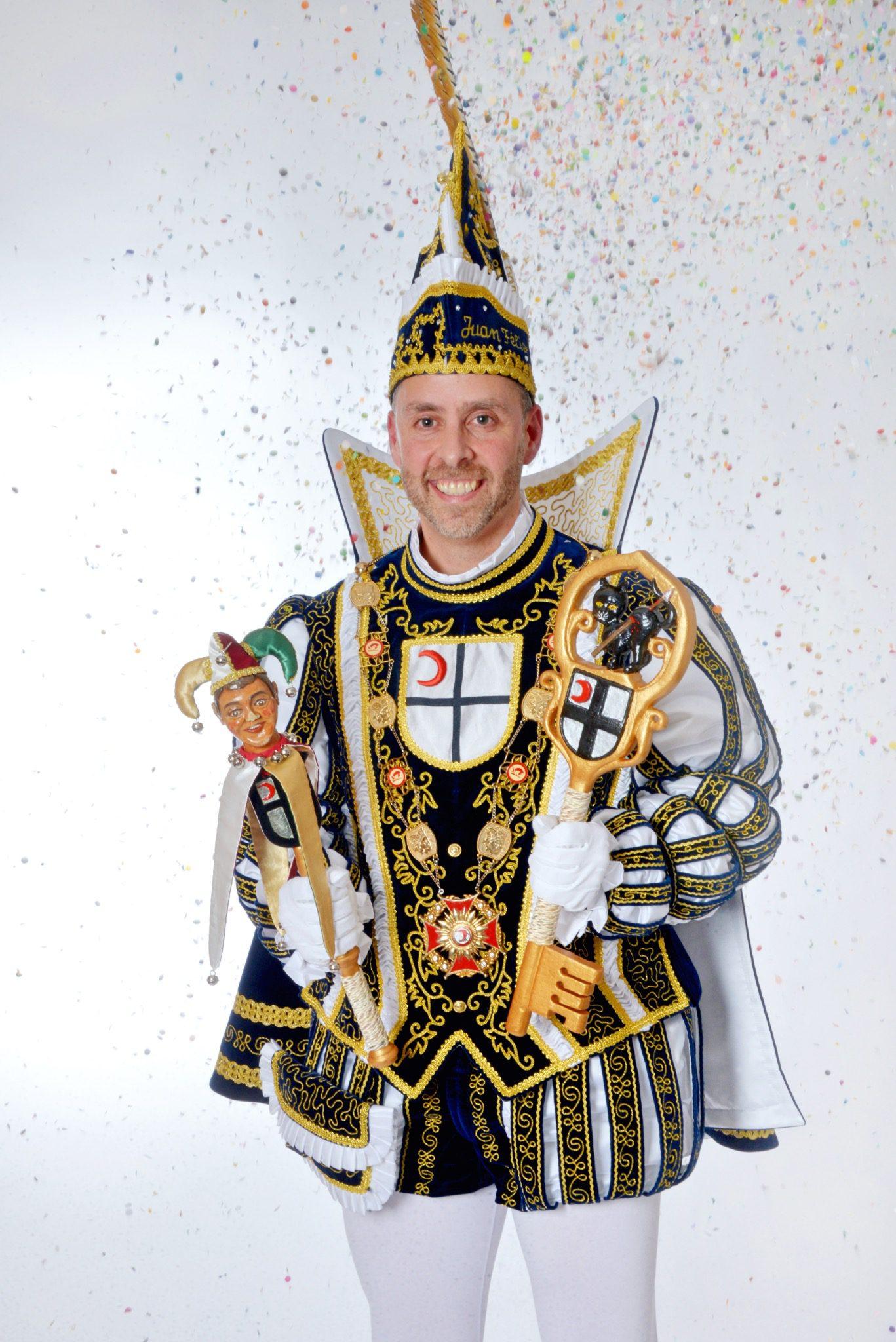 Juan Félix I. (Manzano Vela) regiert 2020 + 2021 das Attendorner Narrenvolk